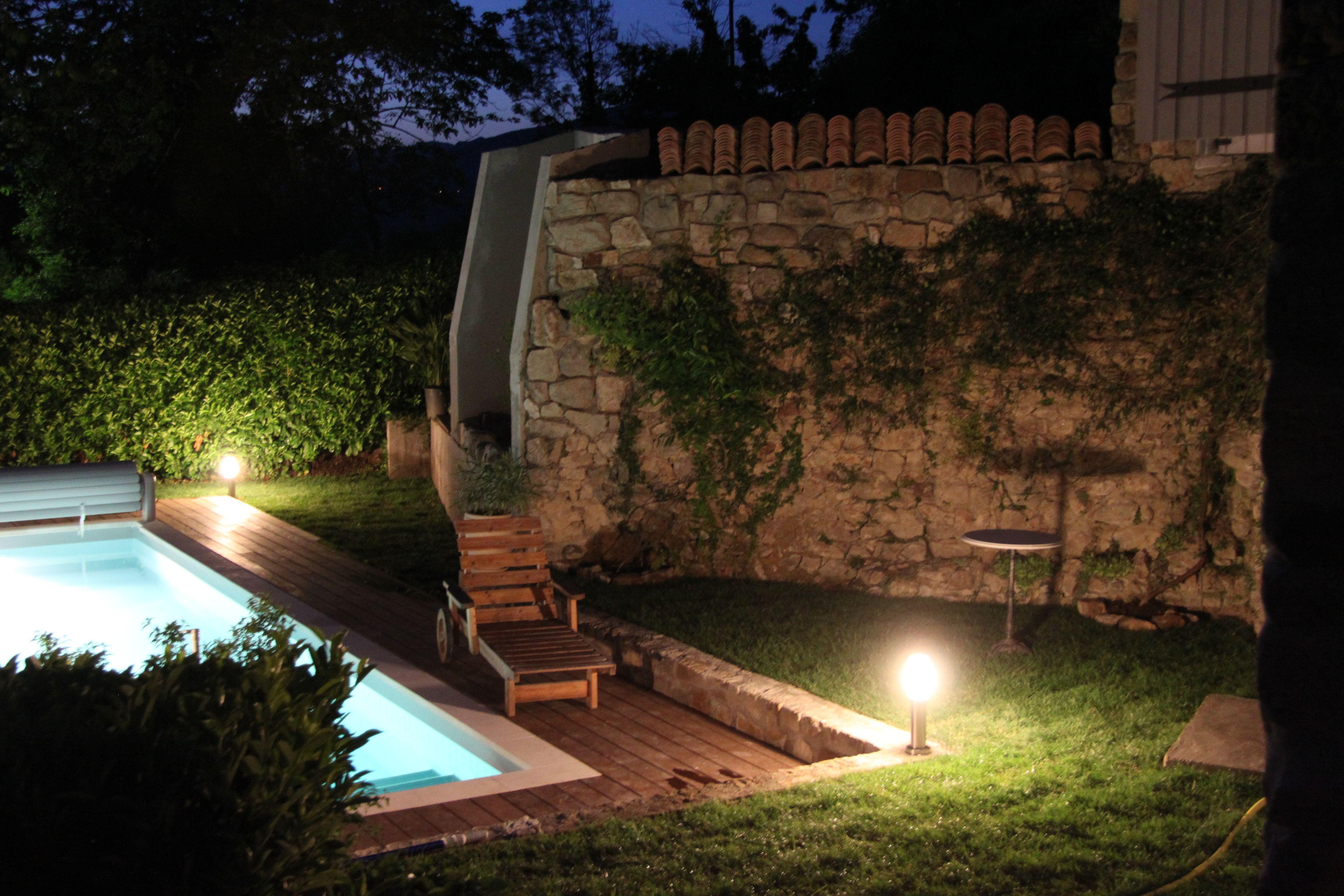 Chambres Et Table D Hotes Sejours Bien Etre Eclairage De Jardin Eclairage Piscine Piscine