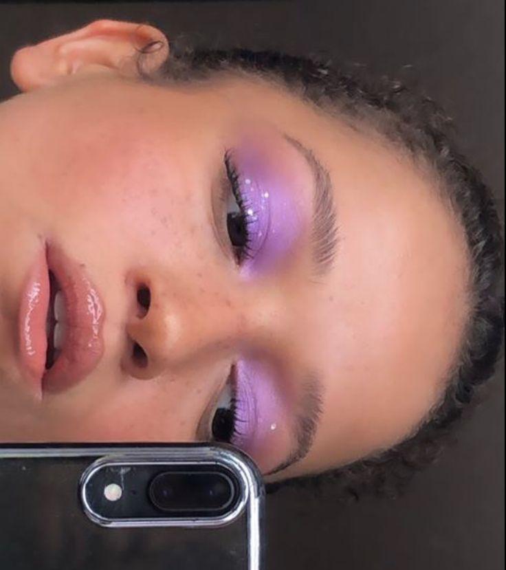 #eyeshadow makeup history #eyeshadow halloween makeup #makeup revolution eyeshad… – Simple eye makeup