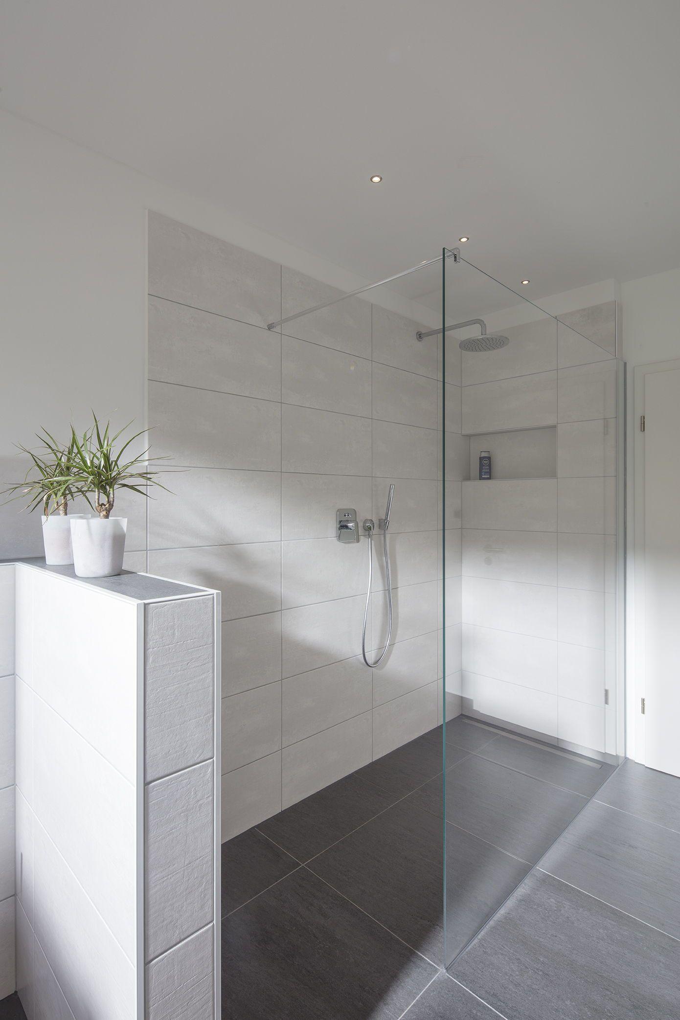 Entspannende Regendusche Zum Wohlfuhlen Regendusche Badezimmer Dusche