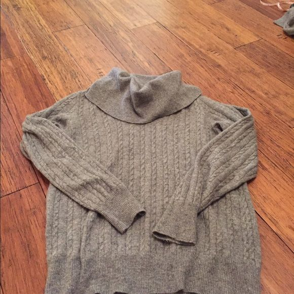JCrew cowl neck cashmere Super soft JCrew cashmere sweater. Nice cowl neck style with small ribbing pattern. Terrific condition. J. Crew Sweaters Cowl & Turtlenecks