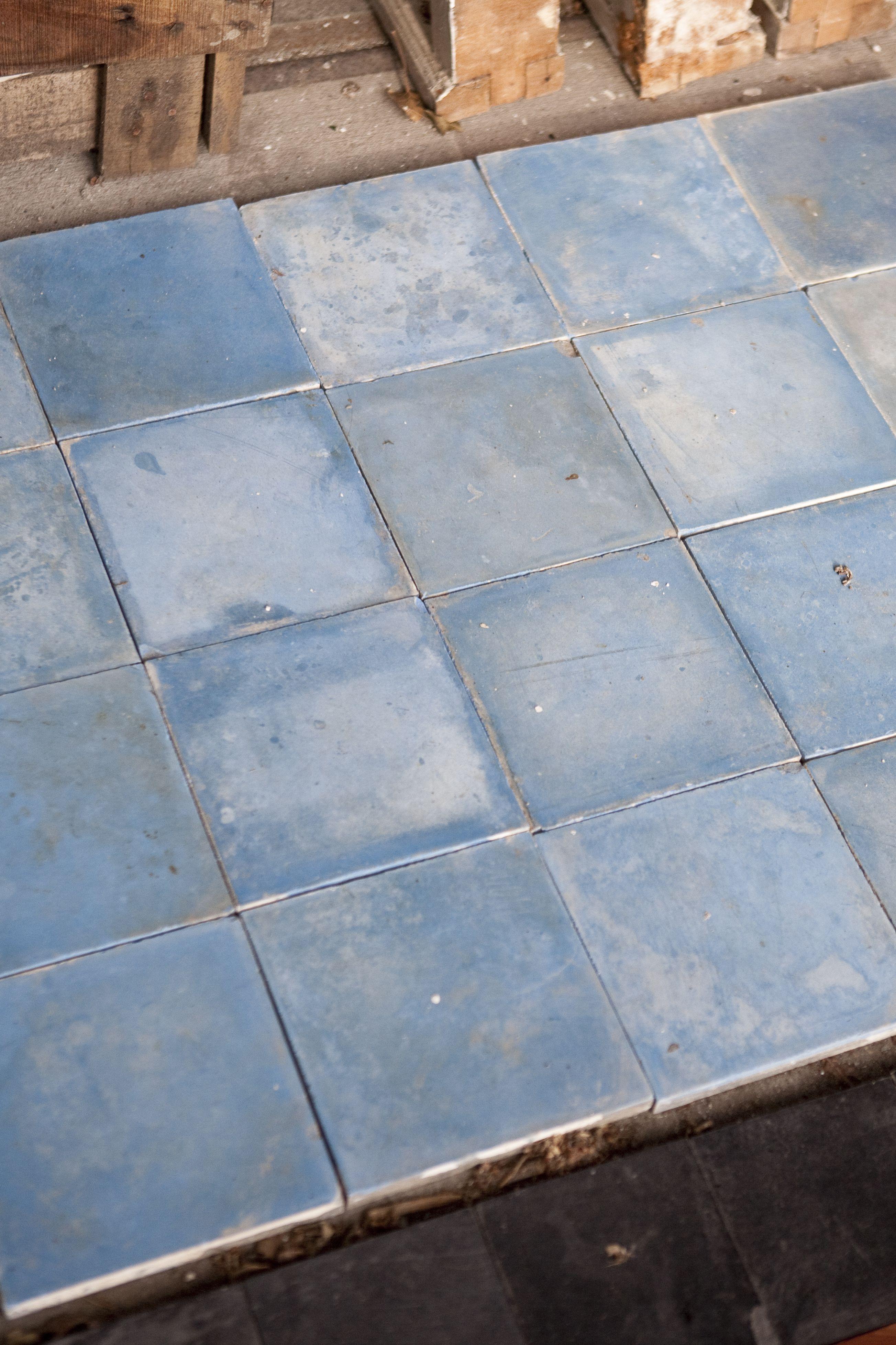 groot assortiment oude tegels bij jan van ijken oude