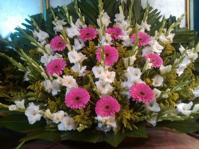 Abanico De Gerberas Y Gladiolas Para Boda Flores Para