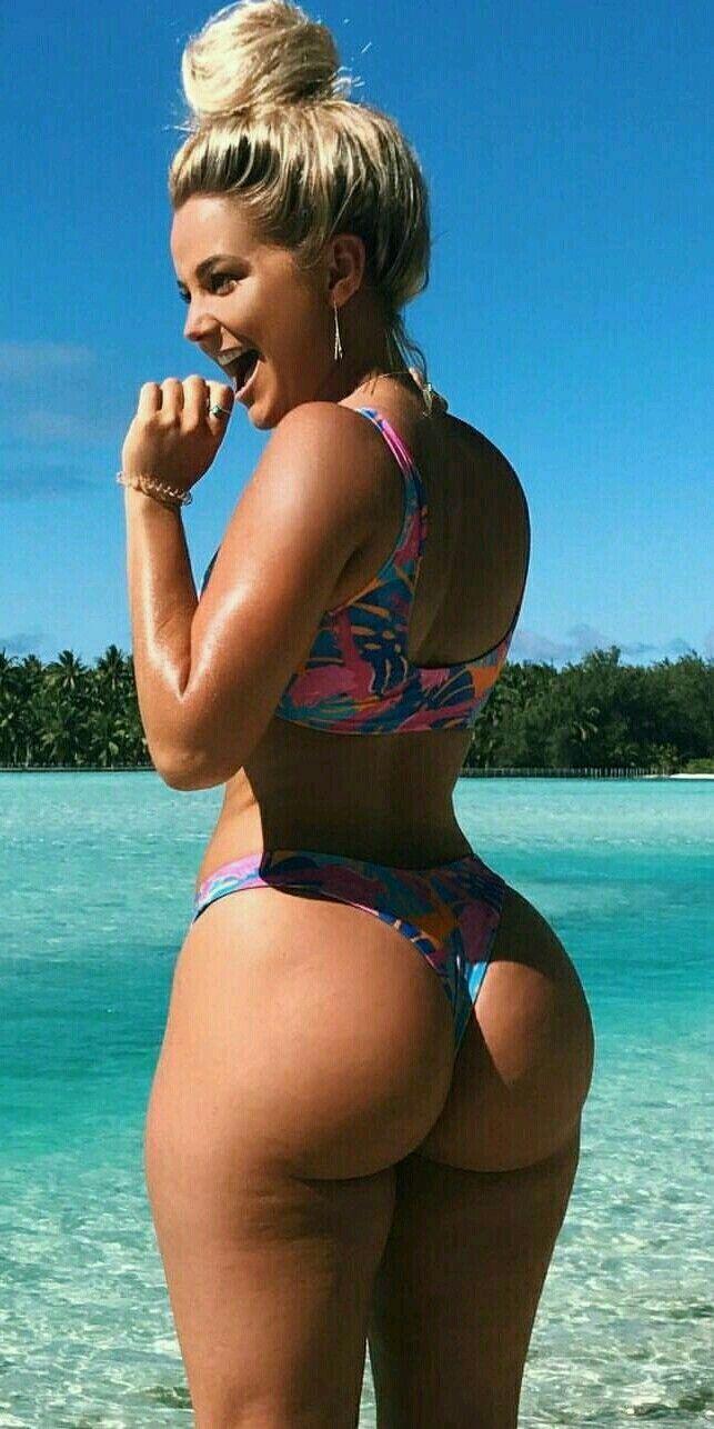 Amazing ass bikini