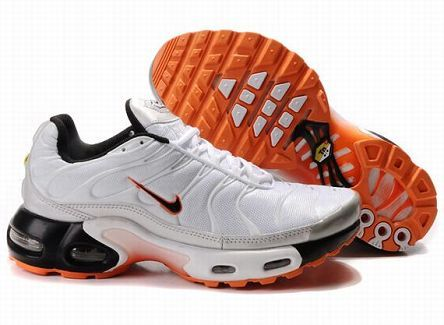 innovative design 5cfaa bf449 L-0360 Nike Air Max TN Men s Running Shoe White Black Metallic Silver  Orange UK Sale