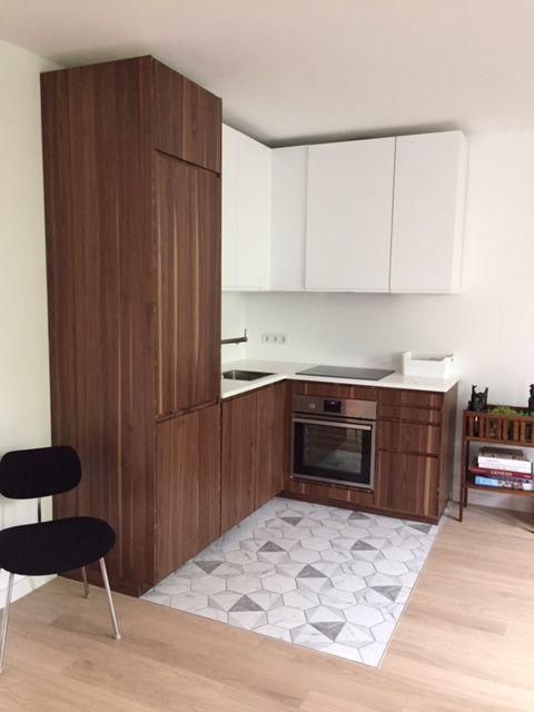 Massive Nußbaumfronten für eine Metod Küche von Ikea \ - fliesenspiegel glas küche
