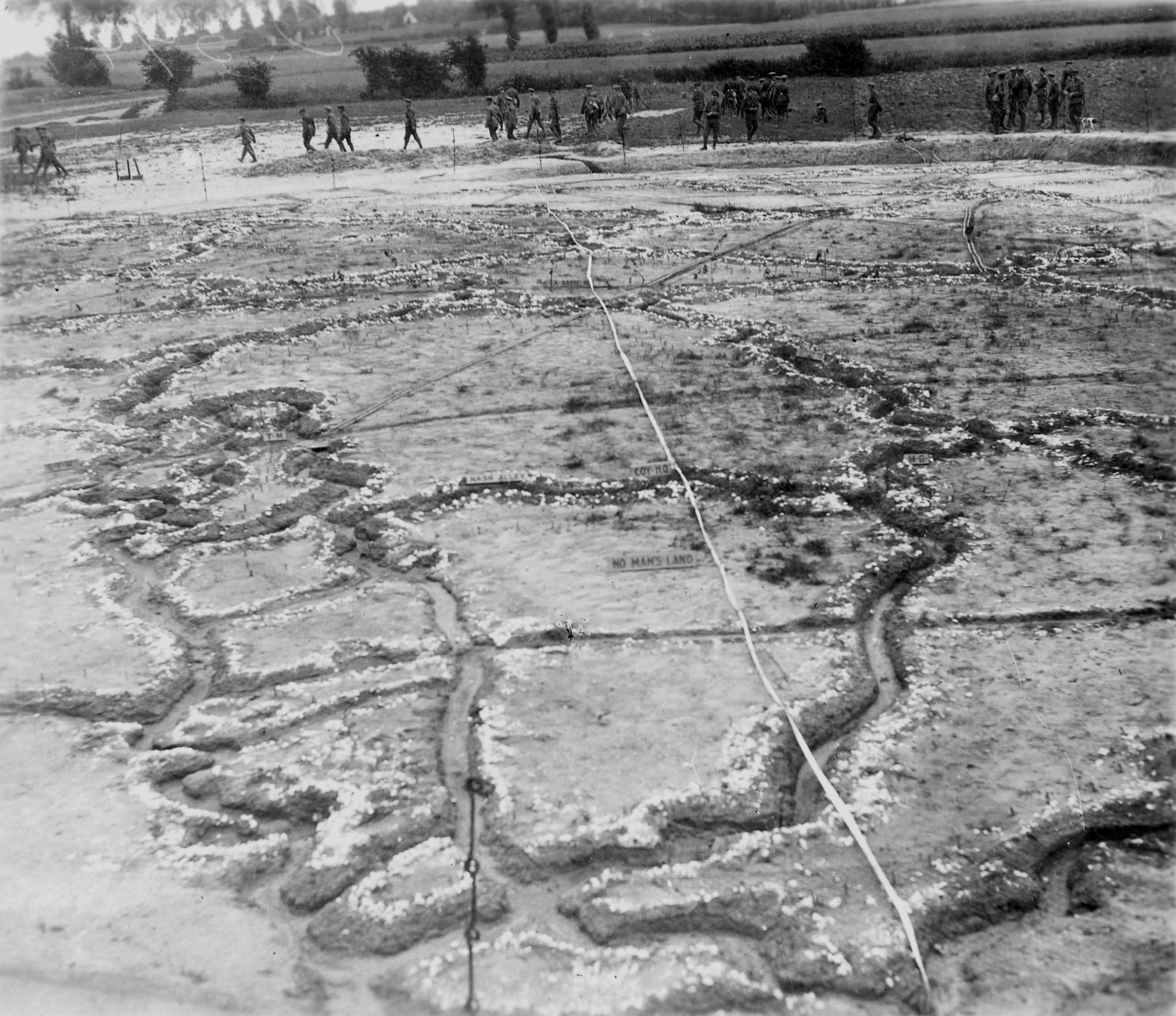 battle of vimy ridge essays The battle of vimy ridge was part of the battle of arras, in the nord-pas-de-calais region of france, during the first world war the main combatants were the four divisions of the canadian corps in the.