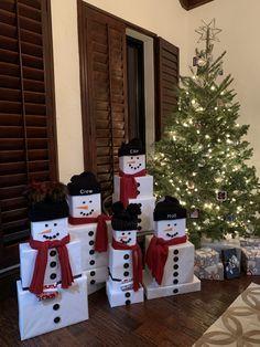 Ready for Christmas? 💙💚💛 #follow #aninspiring #family #friends #christm…