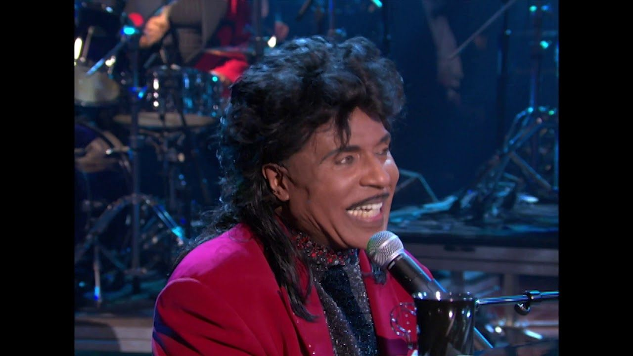 Wwe Pays Tribute Rock Legend Little Richard Following The Singer S Passing At Age 87 Wwe Is Paying Tribute To Little Vi Rock Legends Singer Rock N Roll Music