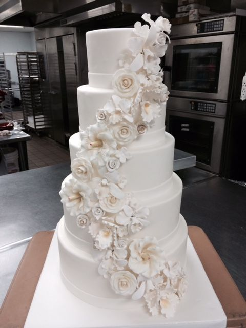 Exceptional Sucre New Orleans 5 Tier Wedding Cake