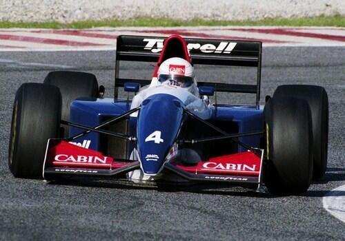 1993 Tyrrell 021 - Yamaha (And...