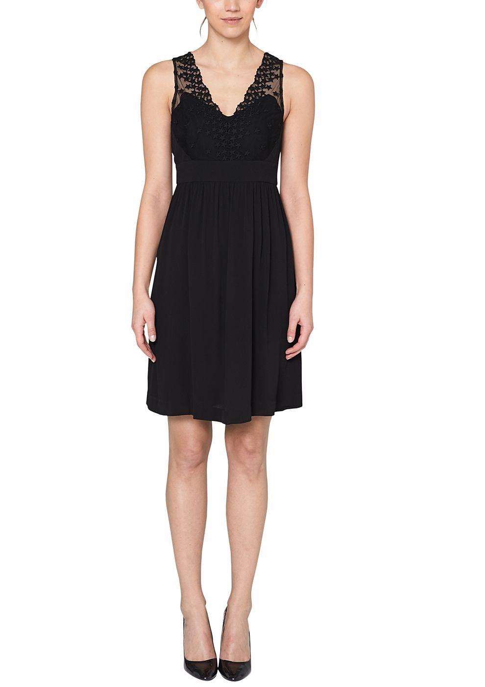 Kurzes Kleid Elegantes Trägerkleid. Oberteil aus semitransparenter ...