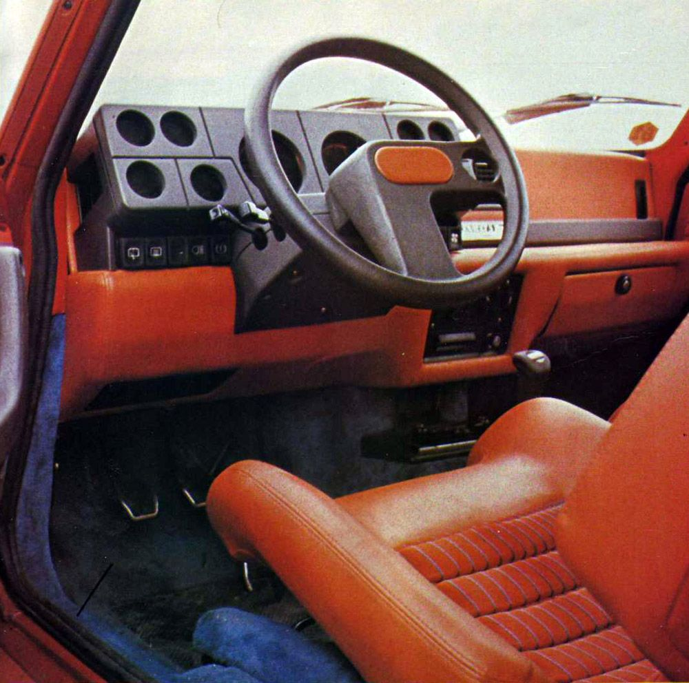 Interni R5 Turbo