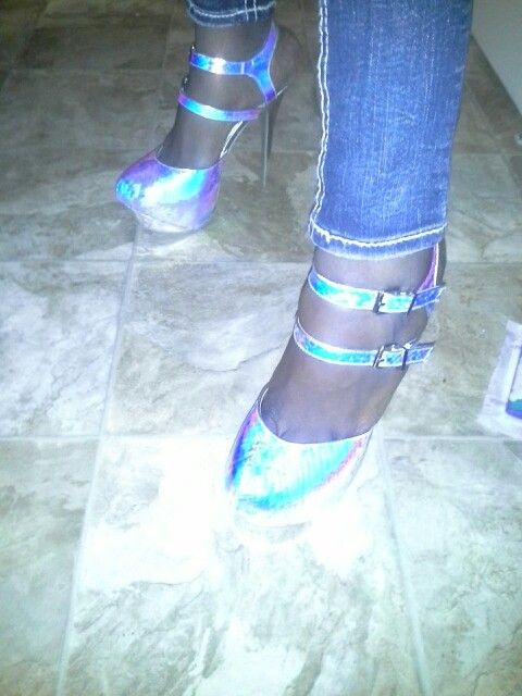Love these rainbow metallic shoes!!!