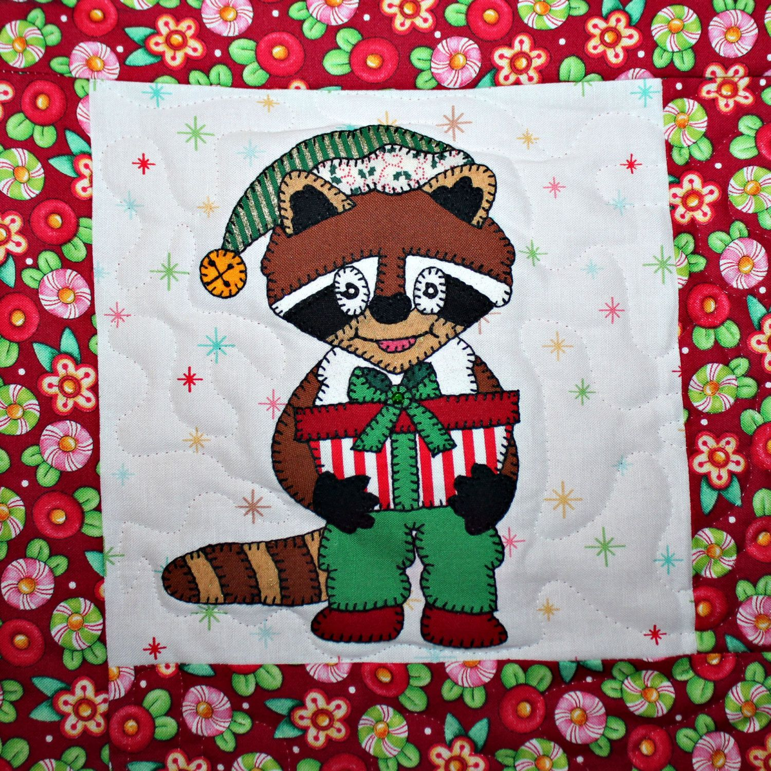 Raccoon With Gift Pdf Applique Christams Quilt Block