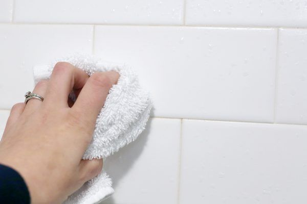 How Remove Black Mold From Shower Walls