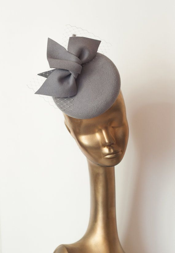 Grey Felt FASCINATOR. Pillbox Cocktail Gray Fascinator for Women by ancoraboutique #fascinatorstyles