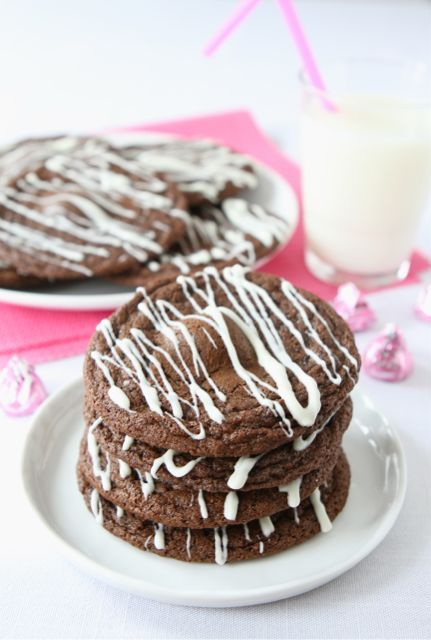 Raspberry Hugs Chocolate Cookies