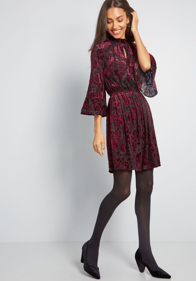 Retro Style Vintage Inspired Clothing for Women is part of Clothes Style Retro - Vintage inspired or retro style is the same term that is basically given to the age of 1960s  Now the term is very much popular among the people as well  Retro style clothing ideas and vintageinspired dresses for women are the latest ideas that we h