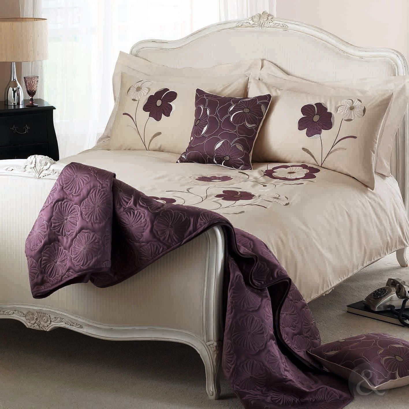 ELEGANT FLORAL DUVET COVER Cotton Blend Embroidered