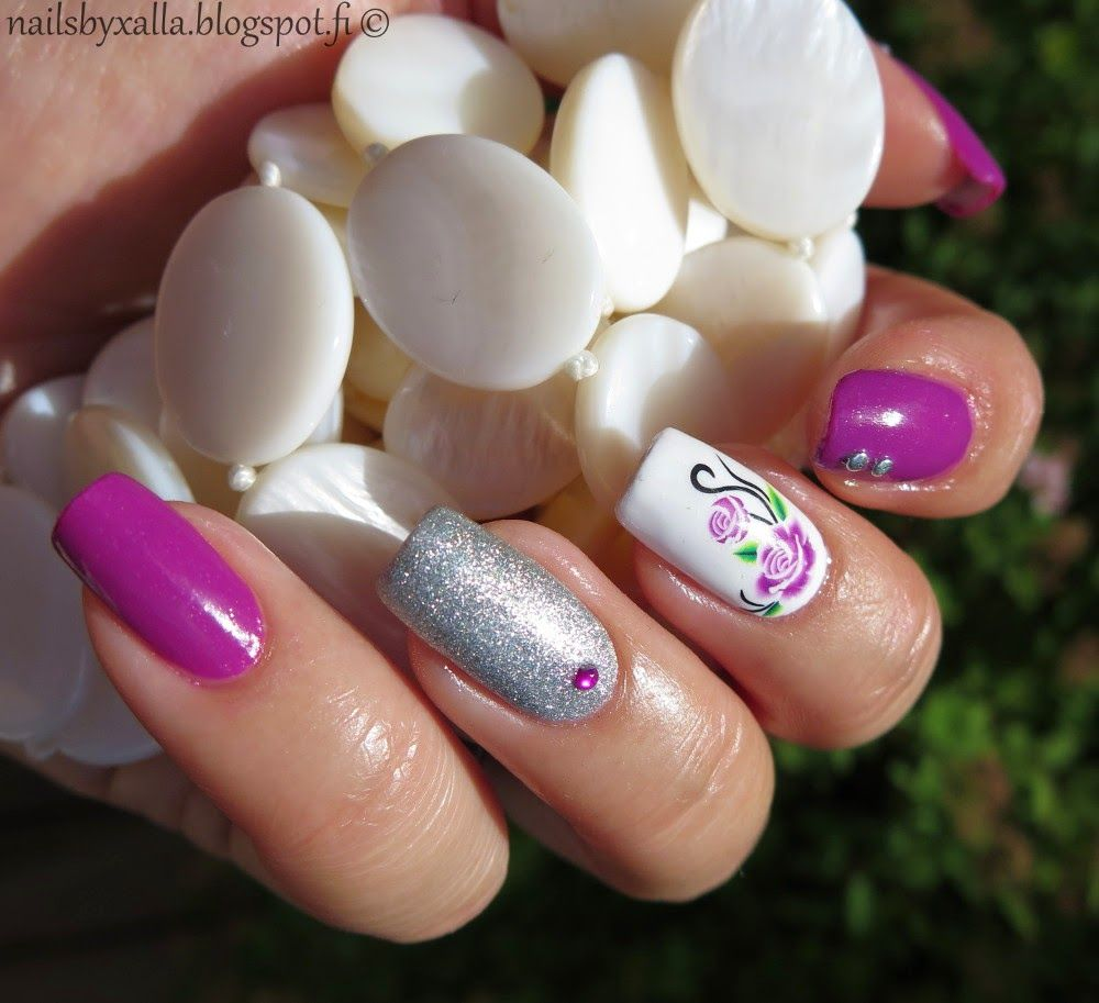 Pink nails, skittlette, nails stud, water decal