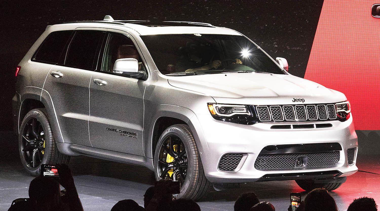 جيب غراند شيروكي تراك هاوك من أسرع وأقوى سيارات الدفع الرباعي في العالم موقع ويلز Jeep Srt8 Jeep Grand Cherokee Jeep