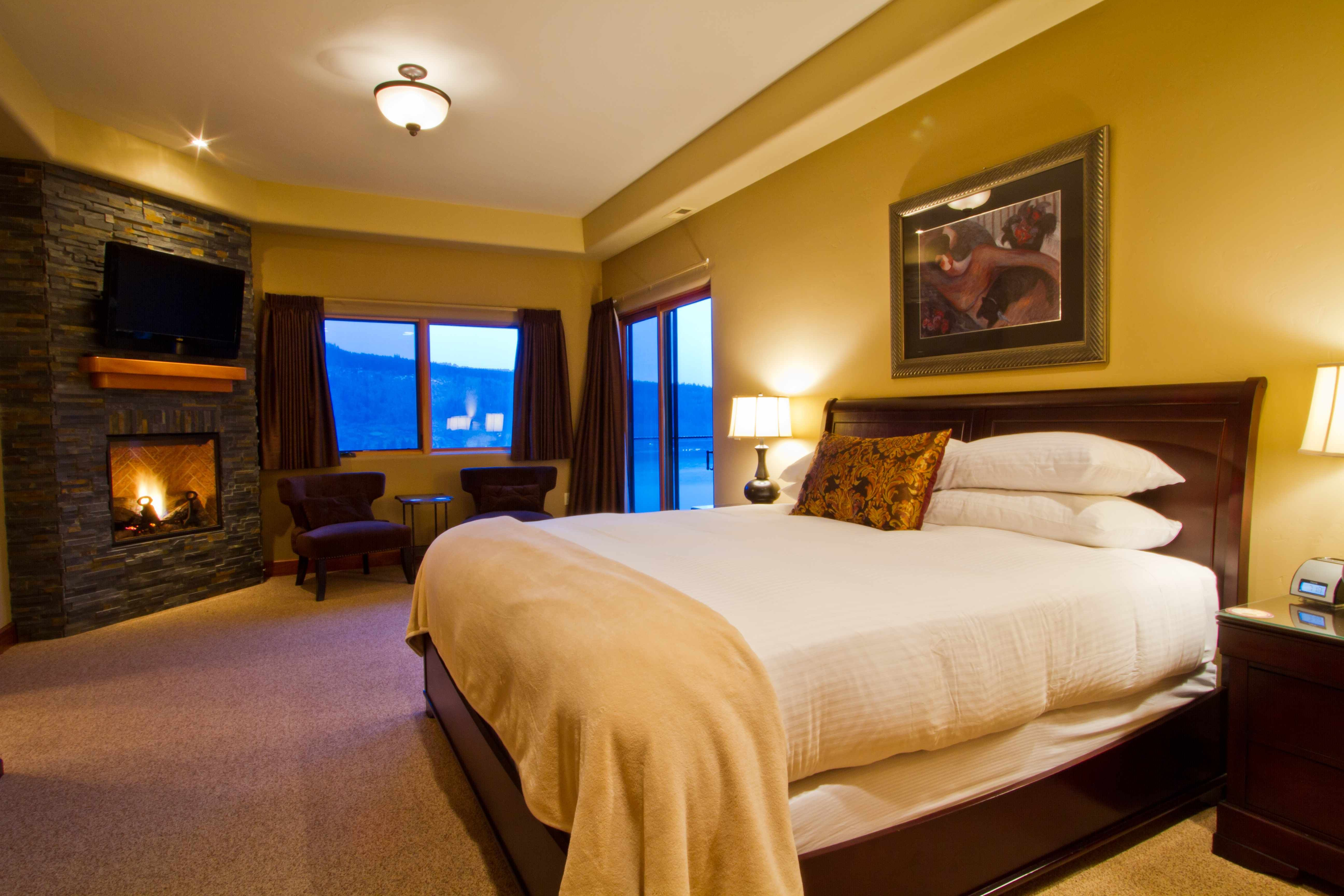 Our Penthouse Master suite features a large king size bed