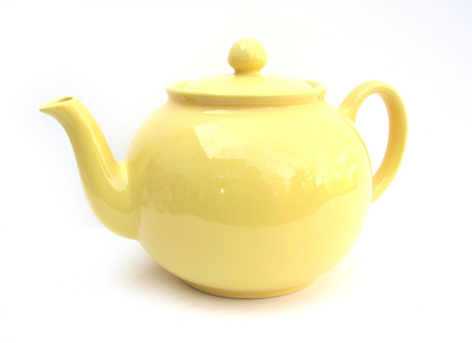 Making Tea In A Teapot Vintage Yellow Teapot Marked Pristine Made In England