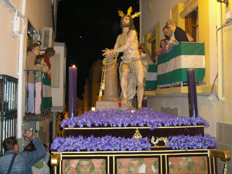 cristo de humildad y paciencia procesionando por las calles de Martos