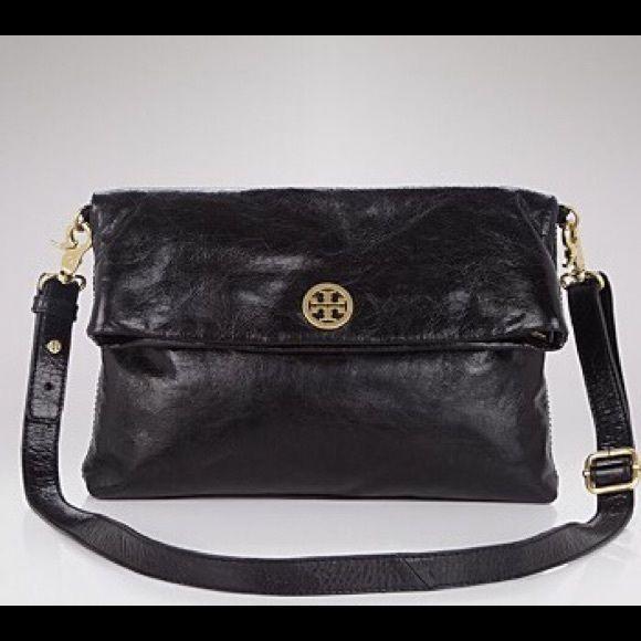 881345a0f3e7 Tory Burch Dena Messenger Folded glazed black leather handbag with gold  hardware and logo. Beautiful