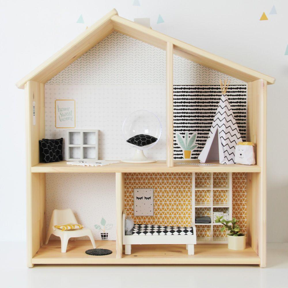 flisat puppenhaus von ikea mit passendem stickerset von limmaland mit tapeten postern und. Black Bedroom Furniture Sets. Home Design Ideas