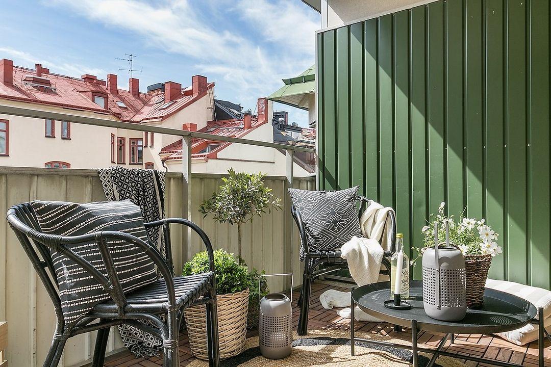 Un salon au balcon jardin terrasse balcon balcon salon et decoration - Jardin au balcon ...
