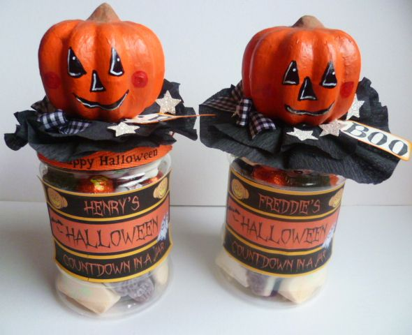 Halloween Countdown in A Jar- Simple DIY craft - once piece of candy - halloween diy crafts