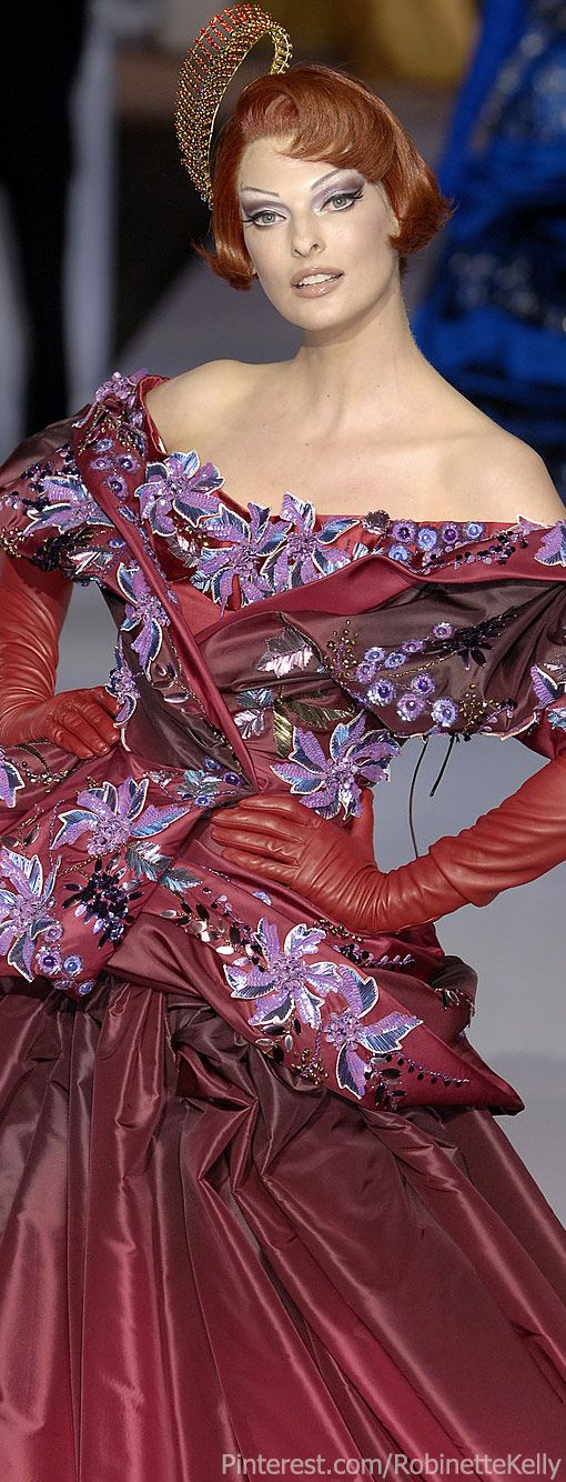 Christian Dior Haute Couture   F/W 2007    The House of Beccaria