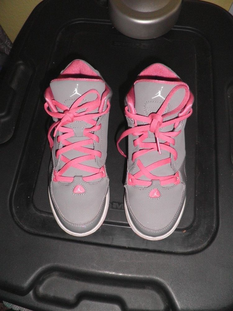 Basketball shoes, Air jordans