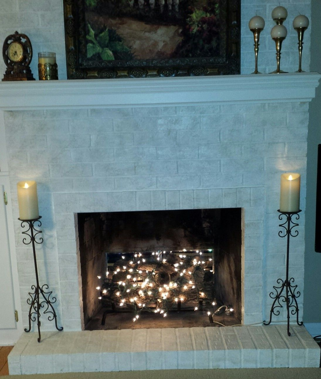 Twinkle Lights In Fireplace Fireplace Lighting Fake Fireplace Fake Fireplace Mantel