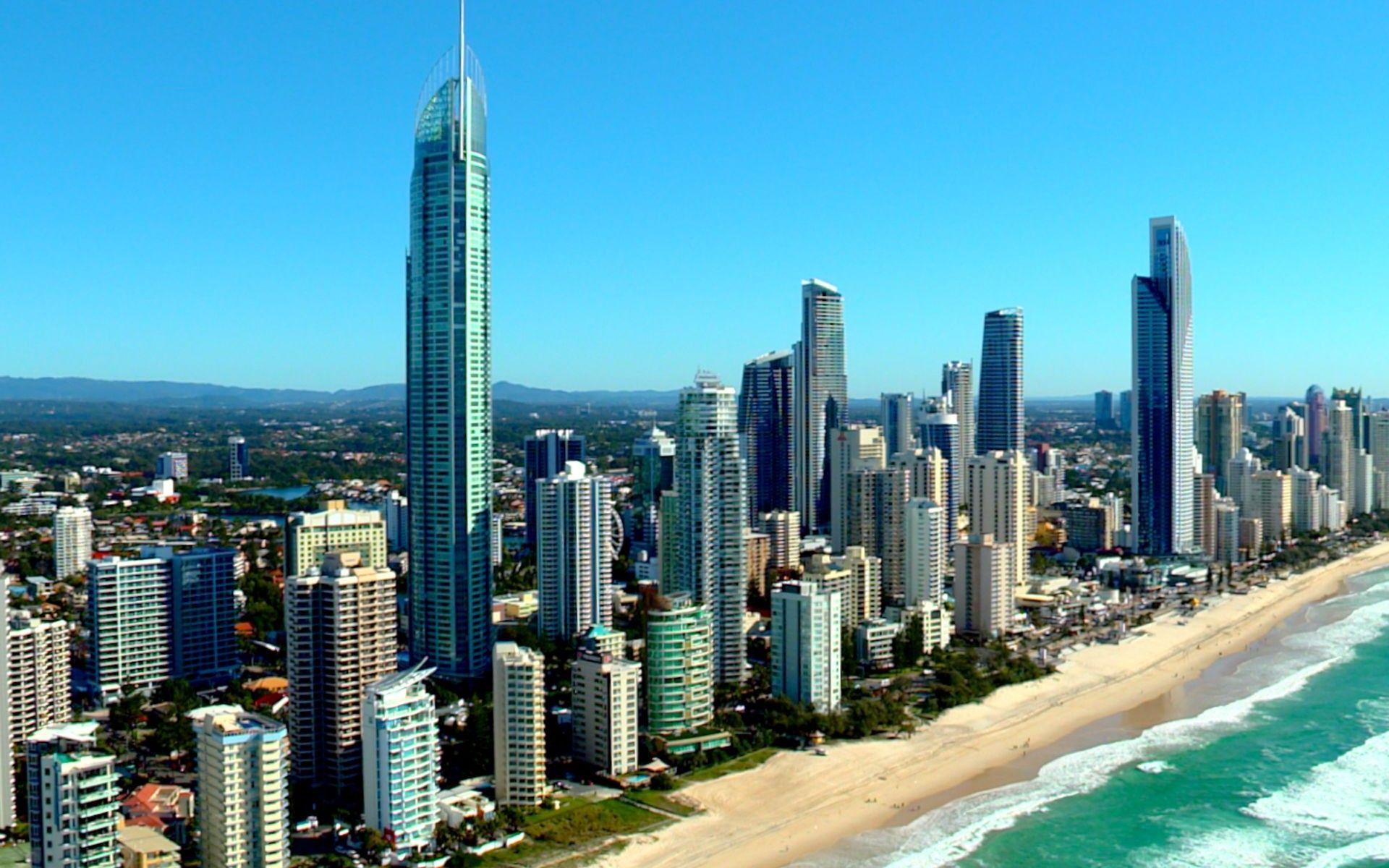 Gold Coast Coastal City Queensland Australia Hd Wallpaper Coastal Cities Gold Coast Queensland Australia