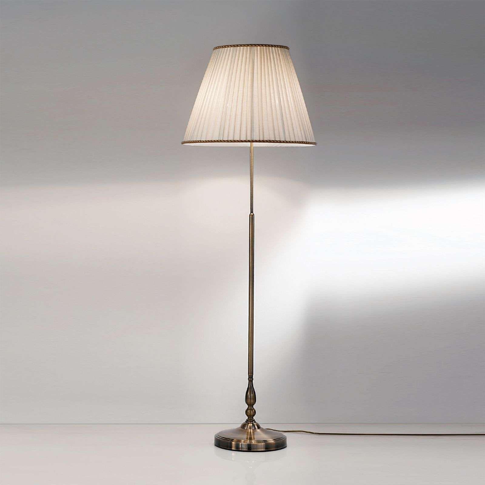 Elegante Vloerlamp Rosella Met Plisse Kap Van Orion In 2020 Vloerlamp Plafondverlichting Lampvoeten