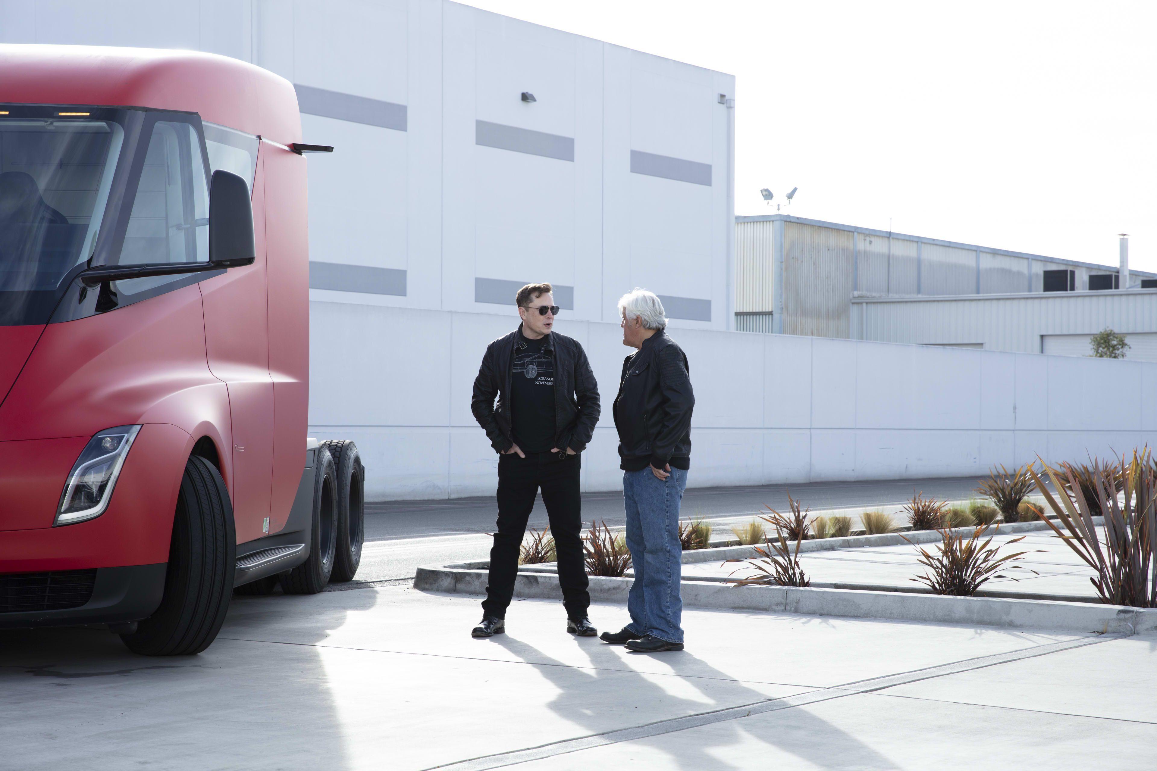 Elon Musk Let Jay Leno Drive A Cybertruck Through The Boring Company S Tunnel Underneath La Take A Look Jay Leno Garage Elon Musk Tesla Electric Truck