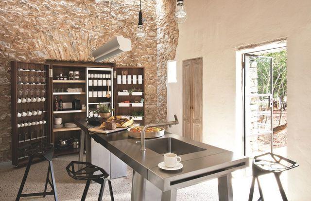 Maison en pierre rénovée en Espagne Kitchen images, Cuisine and Pantry
