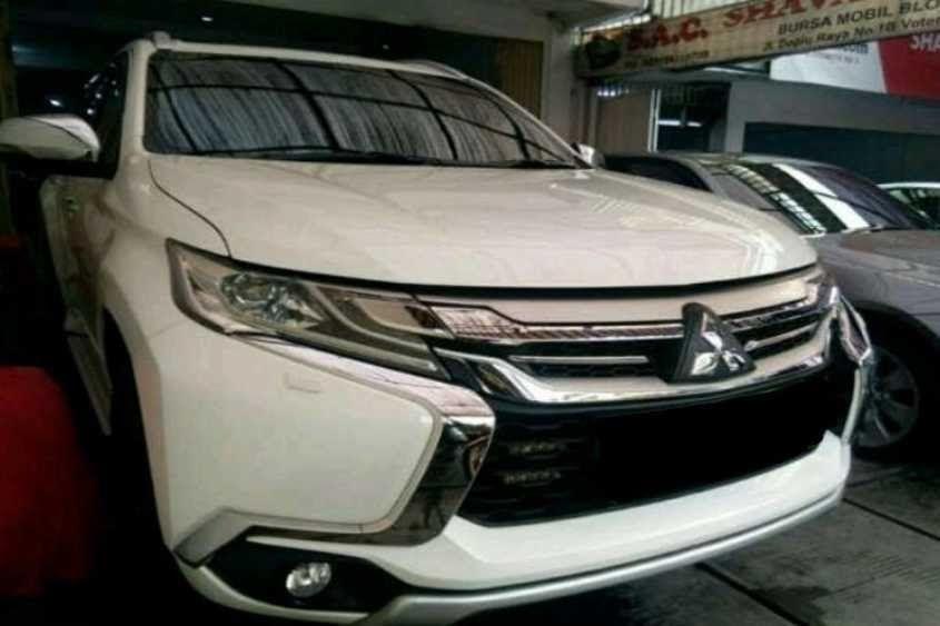 Gambar Mobil Pajero Bekas Mobil Bekas Mitsubishi Pajero Sport Harga Murah Di Jakarta Selatan Oto Download Niat Boyong Mitsubishi Pa Mobil Bekas Mobil Suv