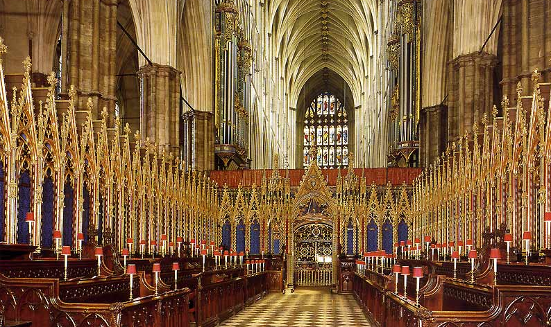 The #wedding altar inside Westminster Abbey