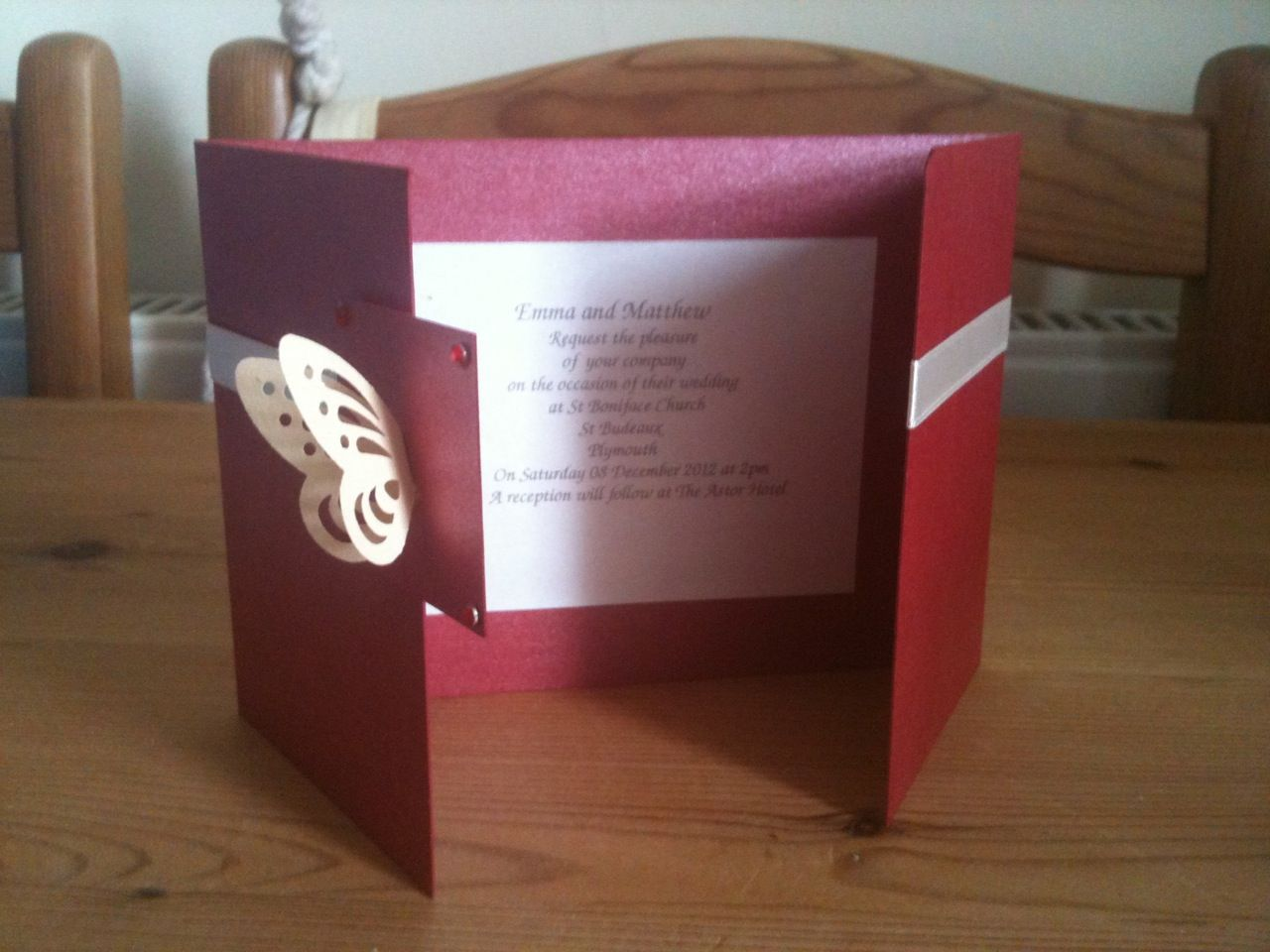 Gatefold wedding invitation, pearlescent burgundy card, with cream ...