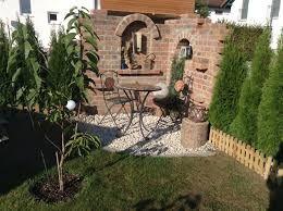 bildergebnis f r ruinenmauer aus alten abbruchziegeln garten pinterest alter ruinenmauer. Black Bedroom Furniture Sets. Home Design Ideas