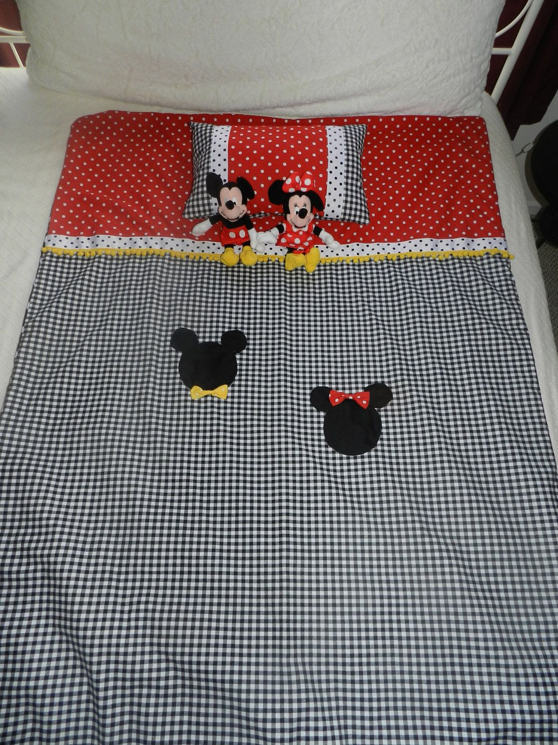 Crib pillows babies - Mickey And Minnie Mouse Baby Crib Toddler Bedding Quilt With Coordinating Pillow 85 00