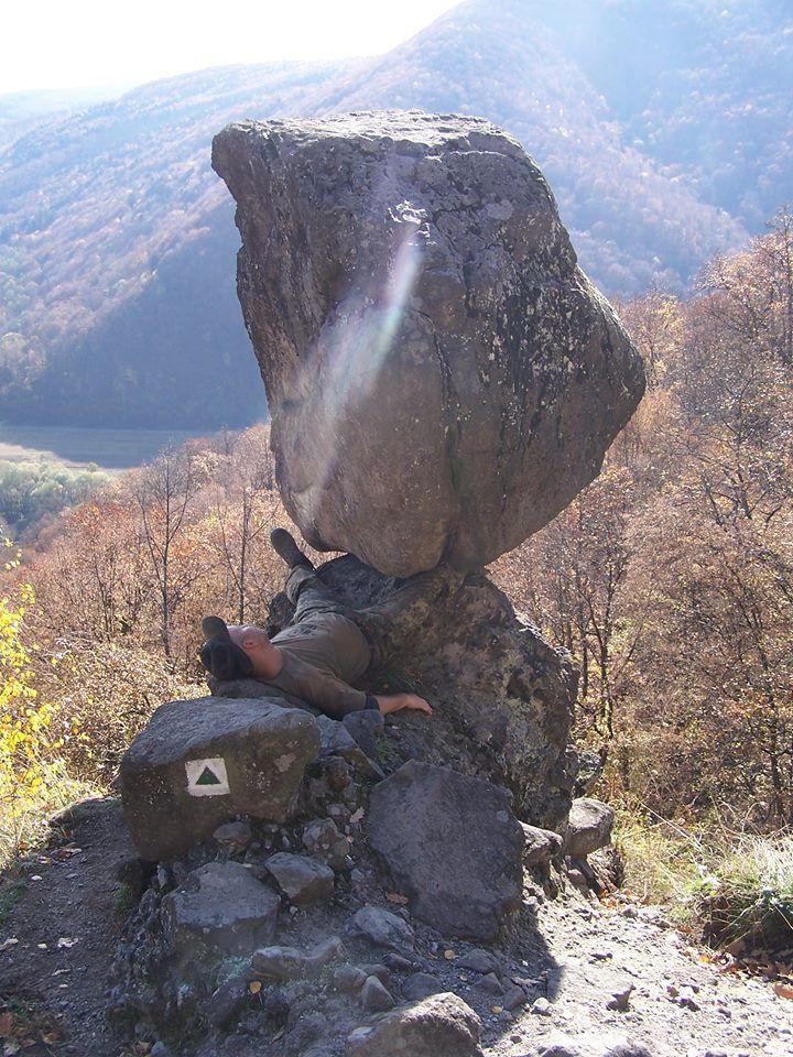 Čerrtova skala-nachádza sa asi 10 km od Zvolena, 2 km za obcou Budča - z druhej strany