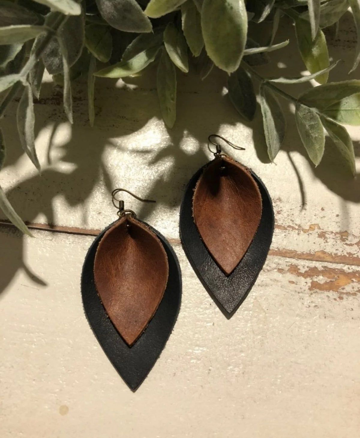 Small Leather Earrings Saddle