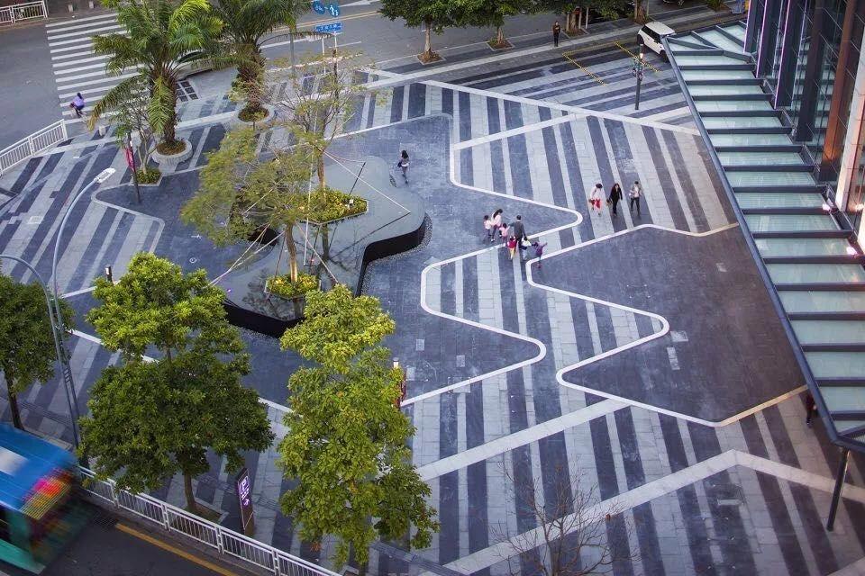 Pin By Hala Al Amine On Commerce Landscape Architecture Landscape Plaza Paving Design