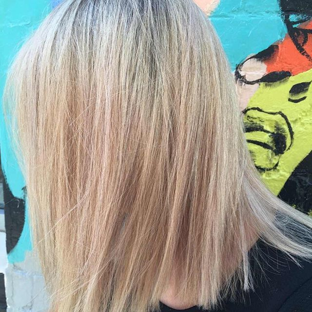 Creamy Blonde Lob Cant Get Enough Of It Cut Grace