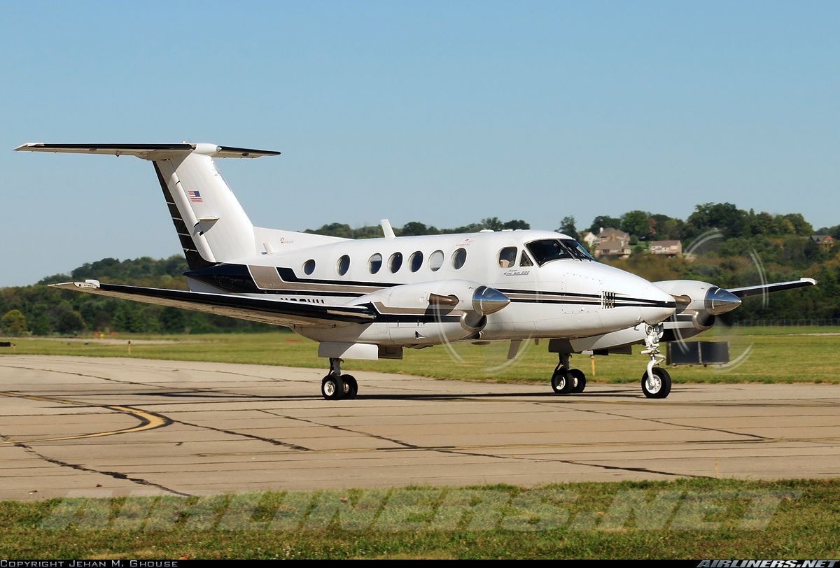 Beech 200 Super King Air aircraft picture Aviation