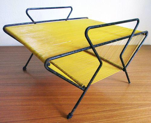 porte revues disque jaune scoubidou d co vintage ann es. Black Bedroom Furniture Sets. Home Design Ideas